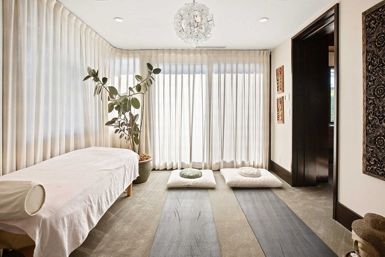 massage room in matt damon's house
